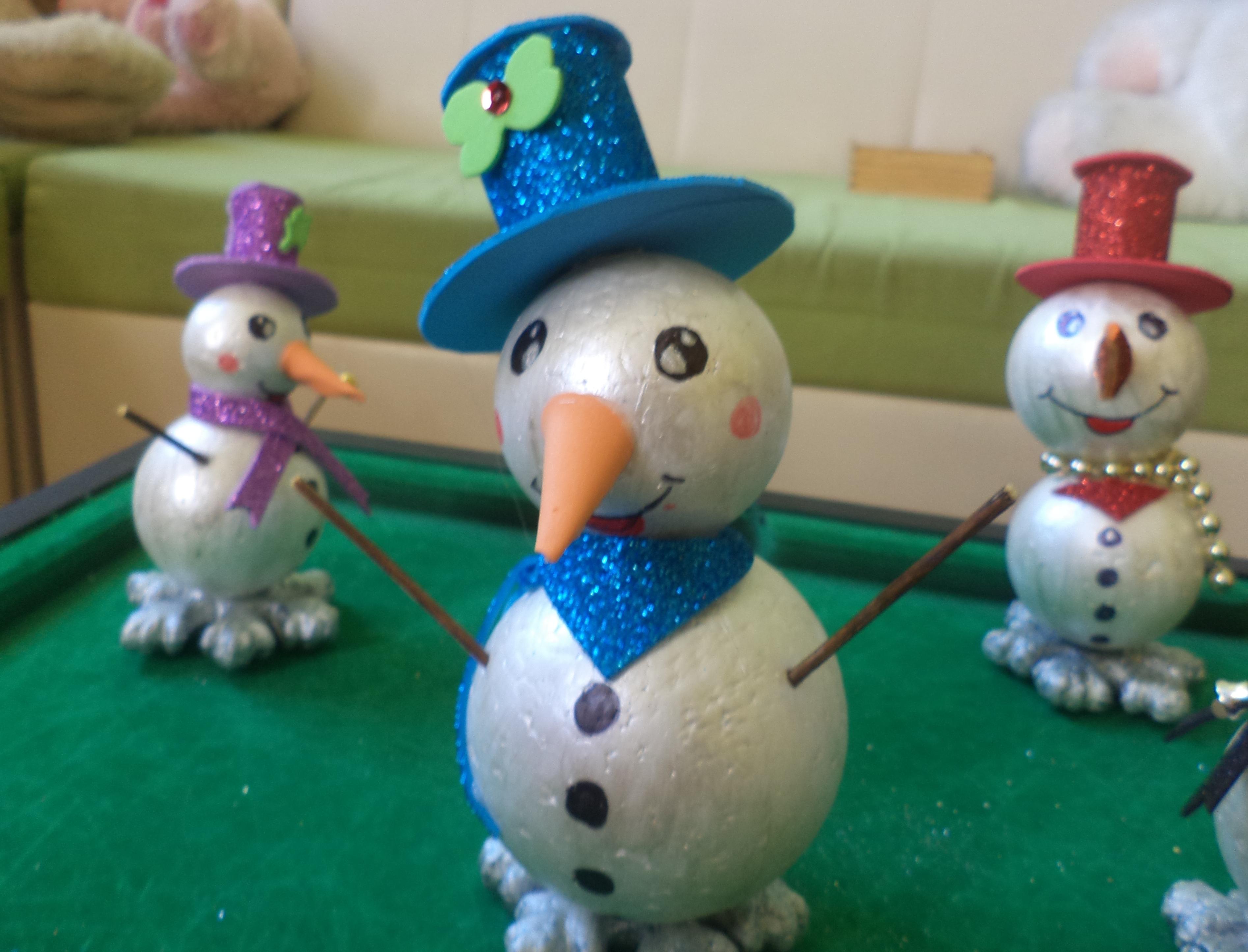 Децата от Център за обществена подкрепа изработиха сувенири за Коледния базар, които ще се състои  на14.12.2018г.